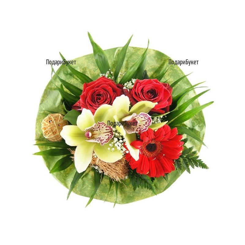 Доставка на букет от орхидеи и рози