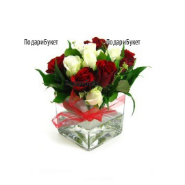 Send arrangements with roses in glass
