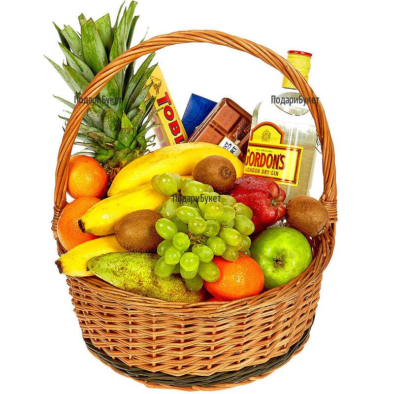 Оригинален подарък за цялото семейство - плодове и лакомства
