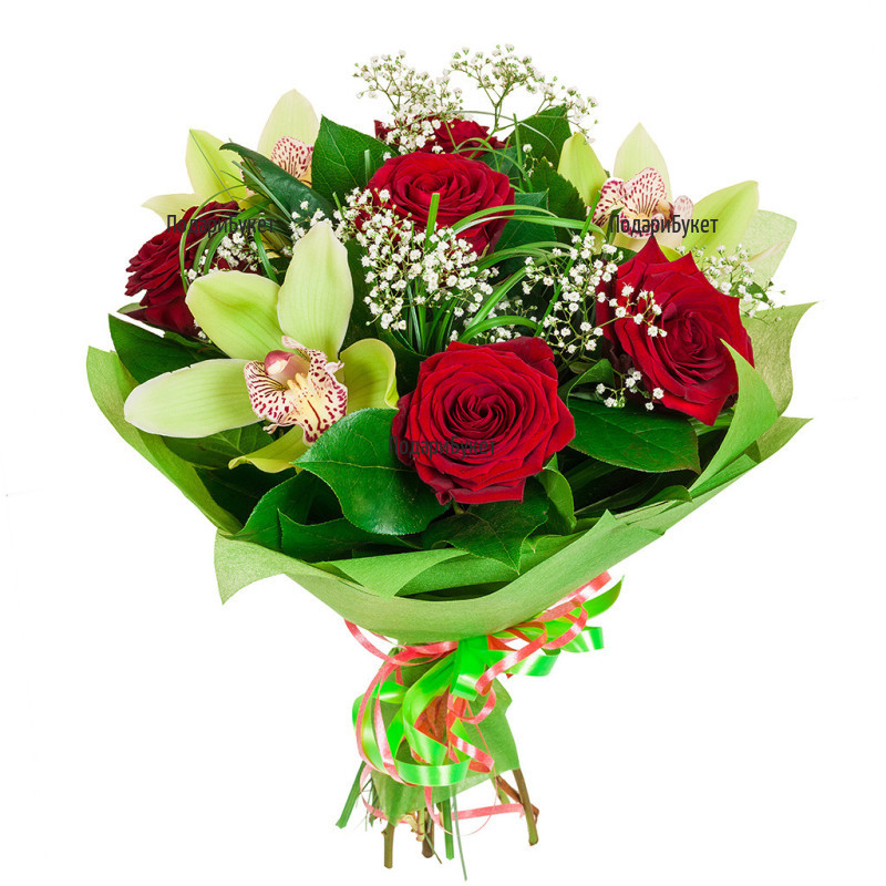 Bouquet of red roses and orchids